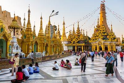 Dating Myanmar nainen